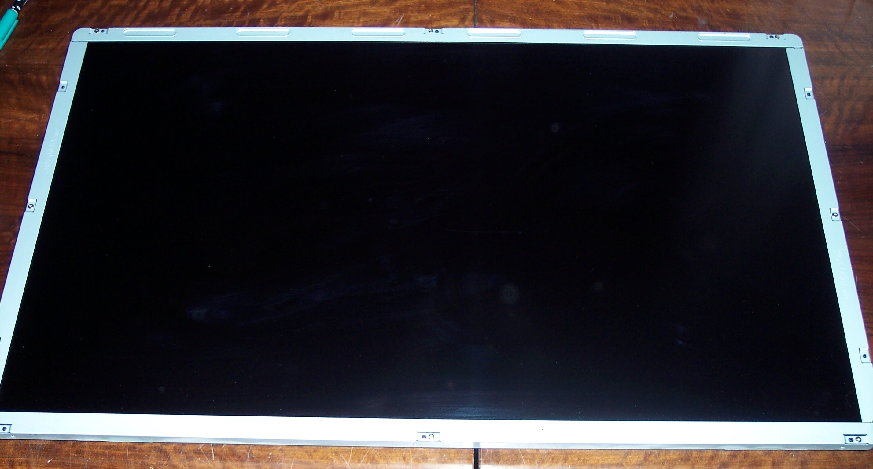 "LC320EUD (SC) (A1)  32"" LED display  z orava LE-820A61B"